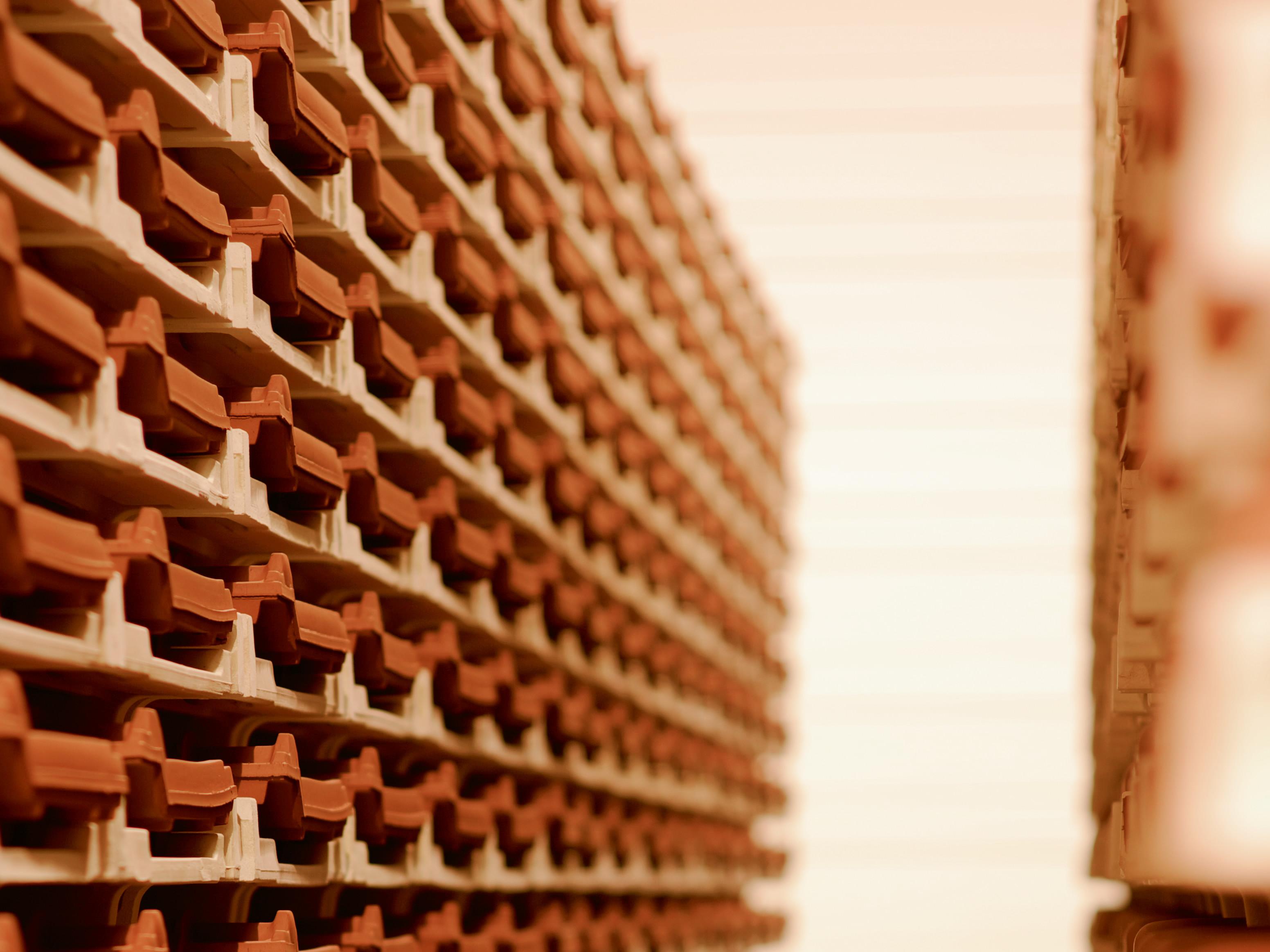 Produktion Dachziegel Trockenkammer